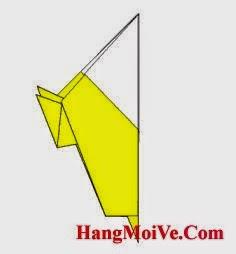 Bước 9: Gấp đôi tờ giấy lại  theo chiều từ phải sang trái ta sẽ được như hình dưới.