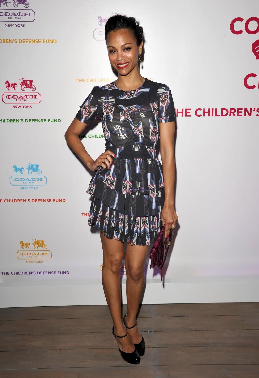 http://4.bp.blogspot.com/-tm3Z6kq4S8Q/T3KBUXvU4nI/AAAAAAAABE8/1U7dsdcRb-8/s1600/Zoe+Saldana+printed+dress.jpg