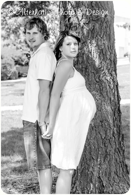 A & C Maternity Session – Janesville, WI