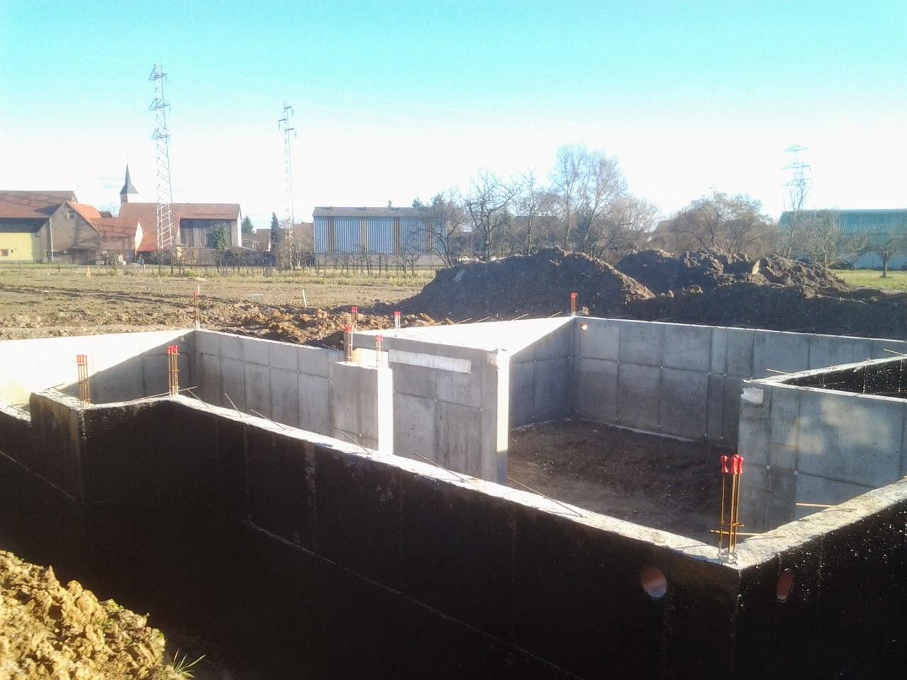 notre 1 re construction dans le 67 21 02 2014 vide sanitaire termin assainissement et. Black Bedroom Furniture Sets. Home Design Ideas