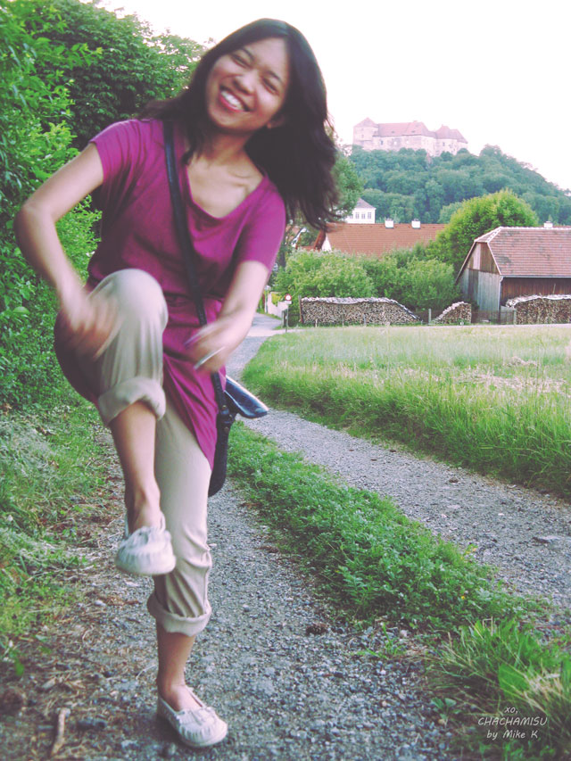 Chachamisu, personal style, fashion, blooper, castle, wooden barn, country side, summer, Austria