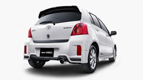 NEW YARIS (1500 cc)