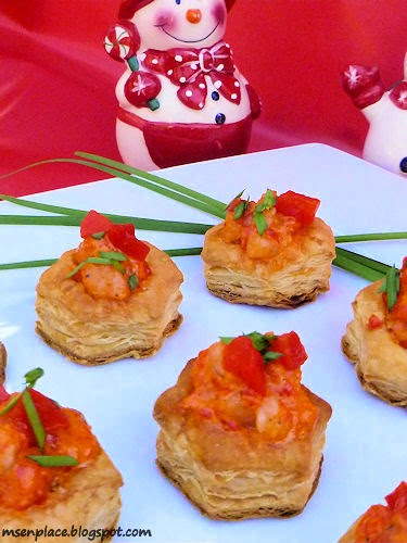 Easy, Creamy Shrimp & Roasted Pepper Puffs | Ms. enPlace