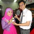 Fatin Shidqia dan Manager KFC