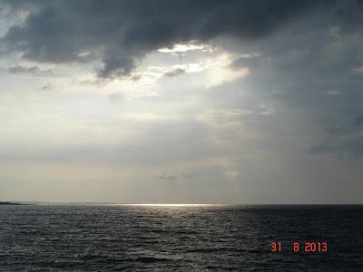 Soare pe mare