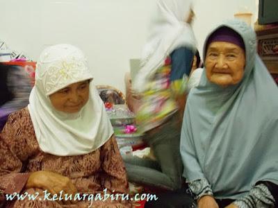 Ibu dan Budhe Rah