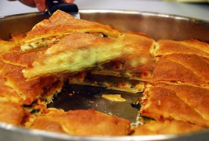 Karışık Peynirli Sultan Böreği Tarifi