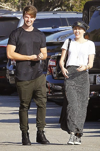 Miley Cyrus and Patrick Schwarzenegger in Malibu, paparazzi photos