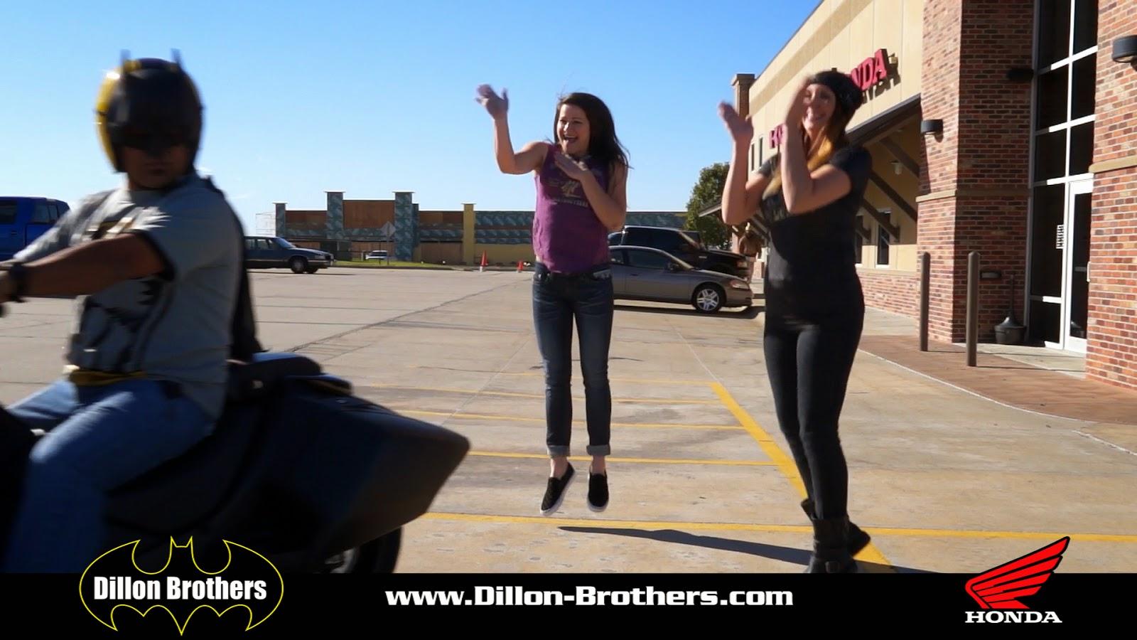 Dillon Harley Omaha Cahier Girls cheer Batman on.
