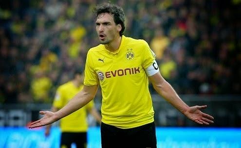 Hummels denies Dortmund stay