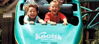 Free admission for military Knott's Berry Farm November 4-27, 2013