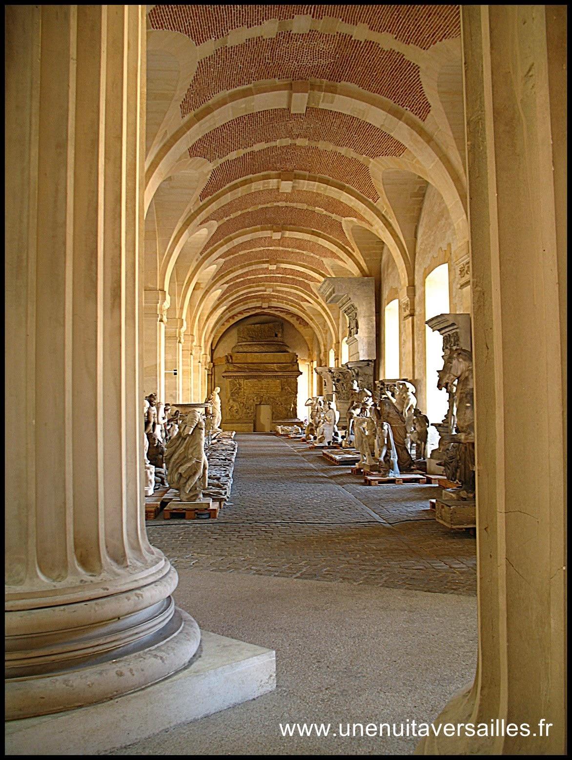 Gîte urbain chambre d'hôtes Une Nuit à Versailles petites écuries grandes écuries