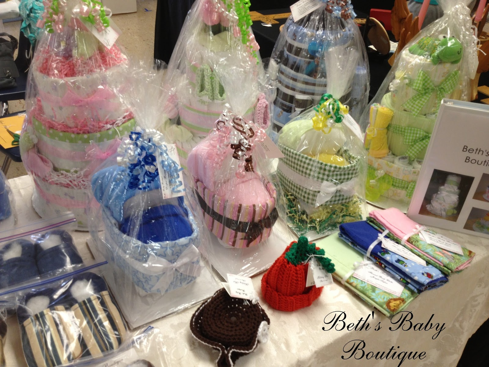 Beth 39 s baby boutique craft fair 2012 for Crochet crafts that sell well