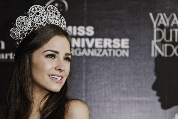 Miss Universe 2012 Olivia Culpo interview with Lee Hawkins