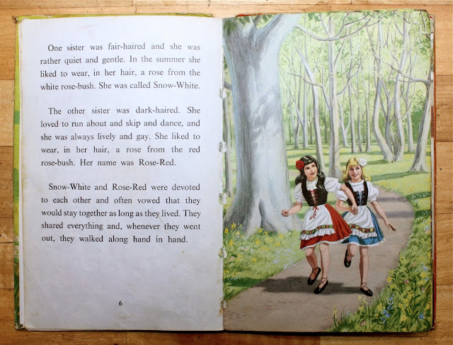 Ladybird Tuesday - Well Loved Tales Snow-White and Rose-Red