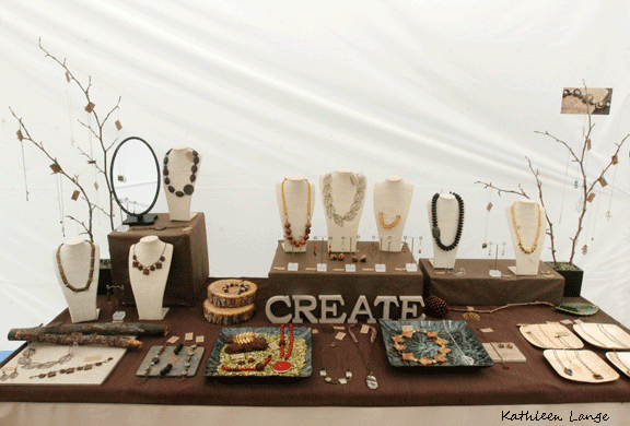 Craft Show Jewelry Display Table Ideas