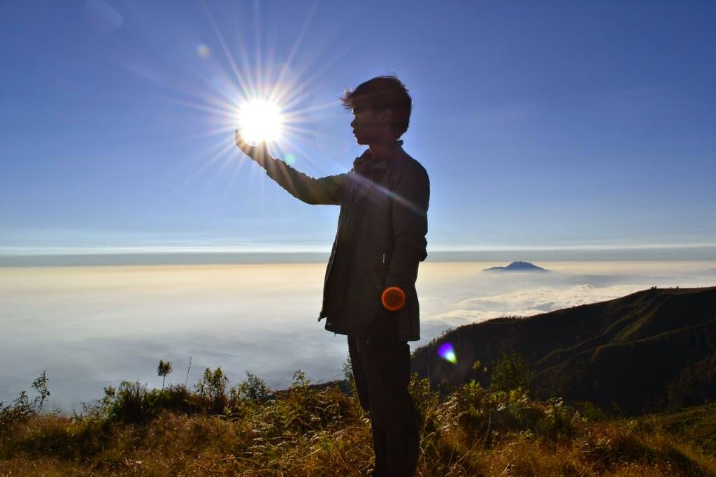 Sunrise Gunung Prau Dieng - Indonesian Traveling