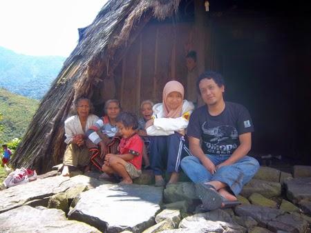 Kehidupan masyarakat Wae Rebo