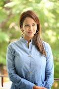 Lakshmi manchu new photo shoot-thumbnail-4