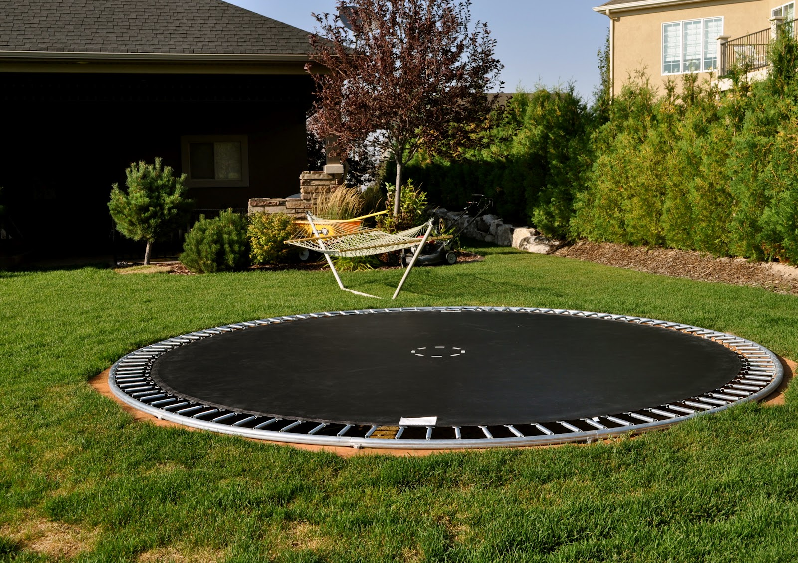 23 imageries and concept in ground trampoline djenne homes 58274