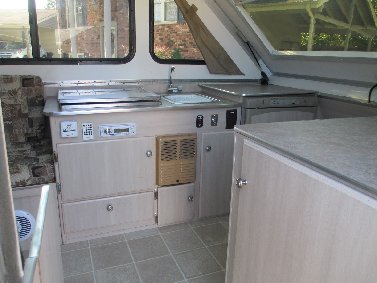 2006 aliner for sale - Double Step New Curtains New Shade Over Cathedral Window Led Lights Inside Am Fm Weather Radio With 2 Speakers And Remote New Mariah Awning