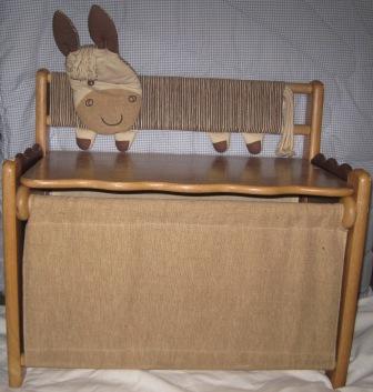 Juaimurah Solid Wood Classic Storage Bench