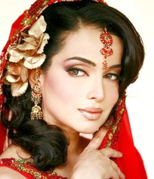 Beauty Tips Clothes Designs Girls Makeup Indian Bridal Hairstyles 2012
