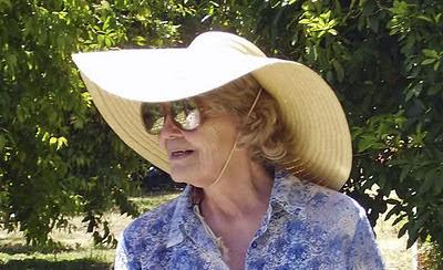 Nenek 93 Tahun di California Jual Alat Bunuh Diri