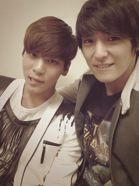 Jonghoon FT Island & Jonghyun SHINee