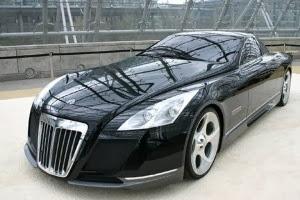 سيارة سوداء