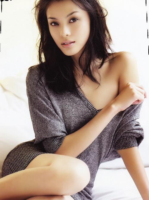 Carmen Soo Nude 34