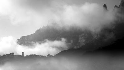 """Monestir de Sant Benet """"Entre Nuvols"""""""