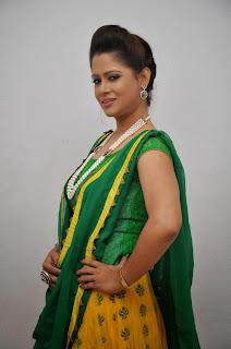 Anchor Shilpa Chakravarthy Latest Pictures at Taruvatha Katha Movie Trailer Launch  36.JPG
