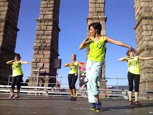 CELEBRADA MASTER CLASS ZUMBA en Segovia 23 JUNIO 2013 a los pies del Acueducto