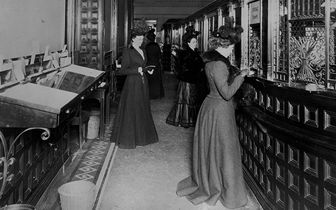 Une banque à New York en 1900 - New York Journal-American