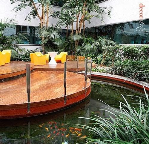 Ideas para los jardines con piscina for Oficina ing madrid