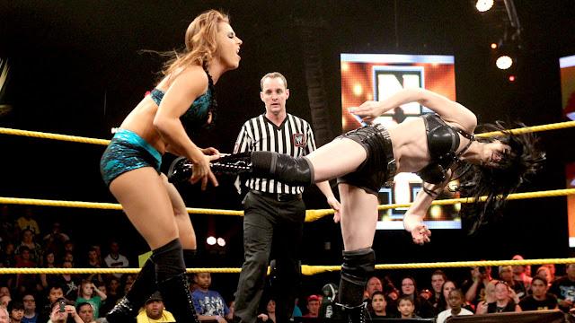 wwe wrestling, wrestling women, wwe women wrestling
