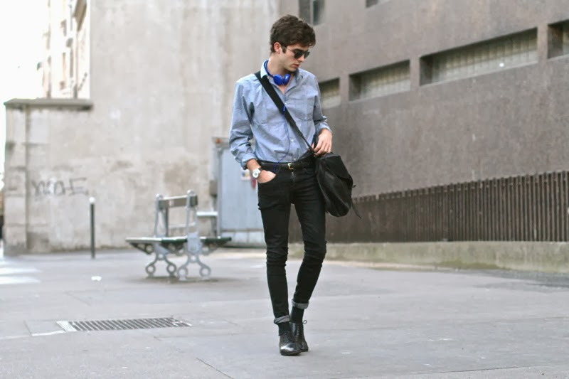 Selected Shirt chemise - Fashop black skinny jeans noir -Maison Martin Margiela Brogues derby artisalnal - urbanears headphones casque - GIVENCHY postbag messenger bag sac - blog mode homme - mensfashion