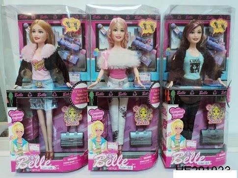 Kado ulang tahun berupa boneka barbie Belle.