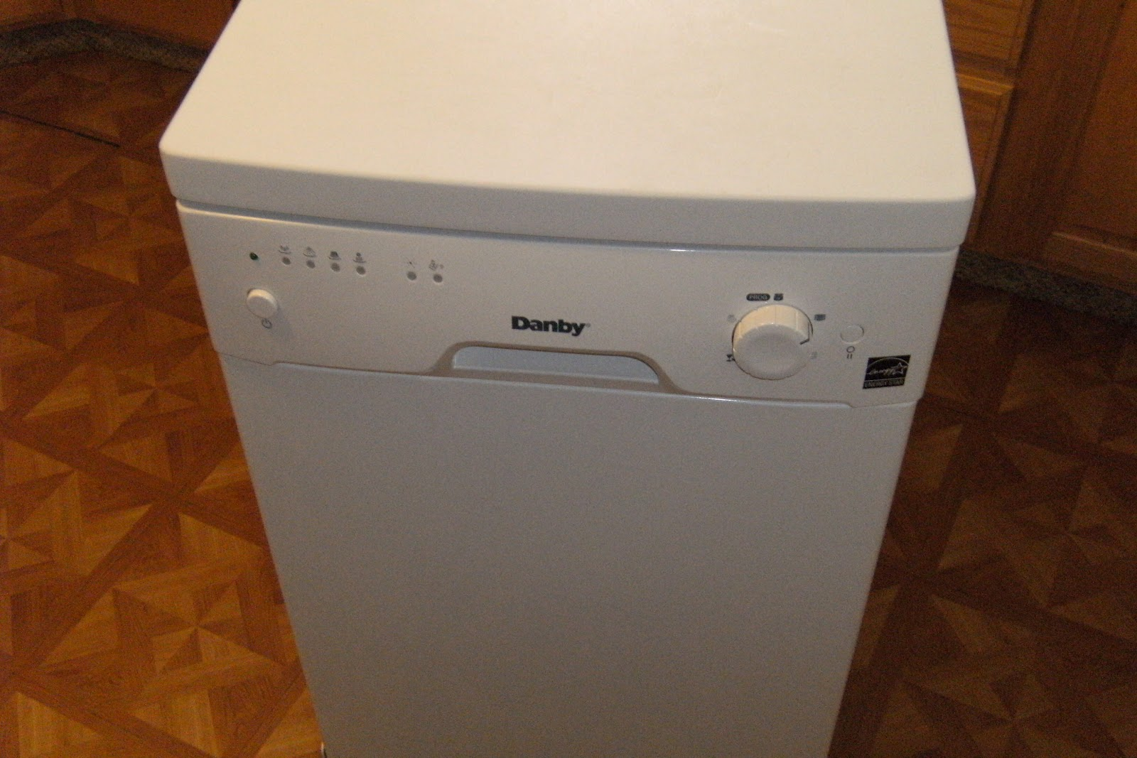 Does it really work?: Danby Portable Dishwasher DDW1899WP