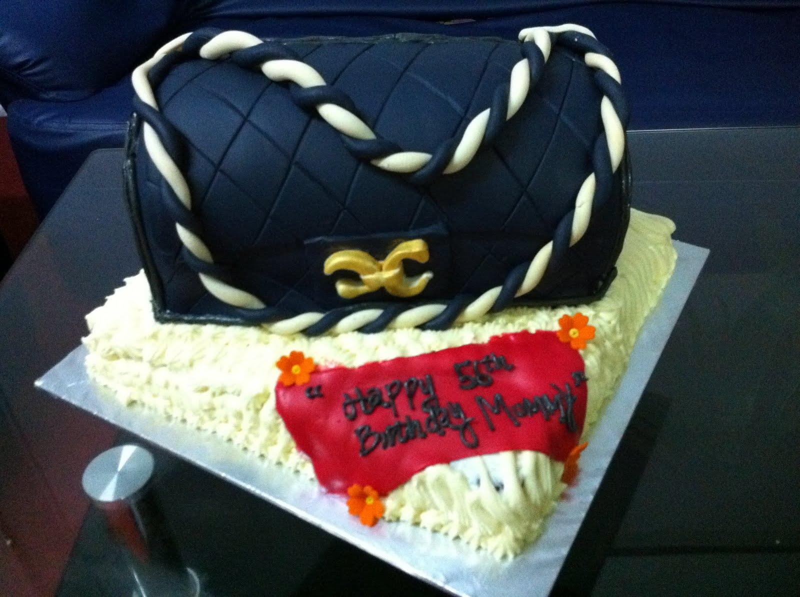 MyPrincessCupcake 3D Chanel Handbag Birthday Cake