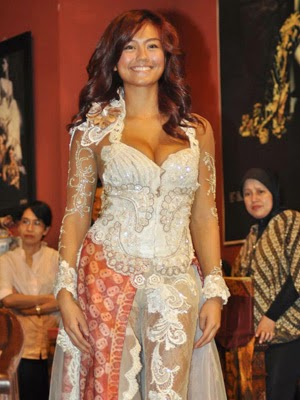 Foto Model Baju Kebaya Hot