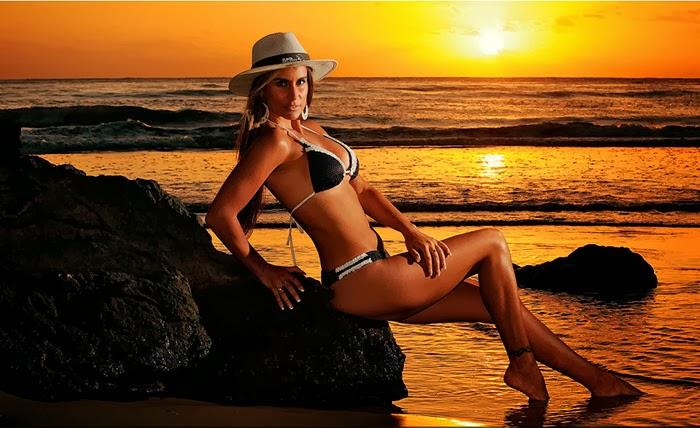 la secretaria de pepe mujica en bikini