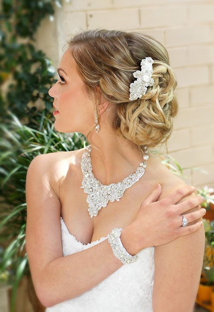 """Juliette Hair Clip"" - Lace Bridal Headpiece with Statement Necklace"
