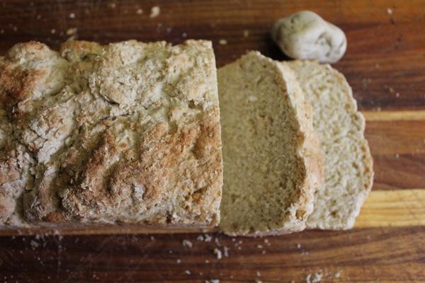 Green Gourmet Giraffe: Heidi's easy little bread