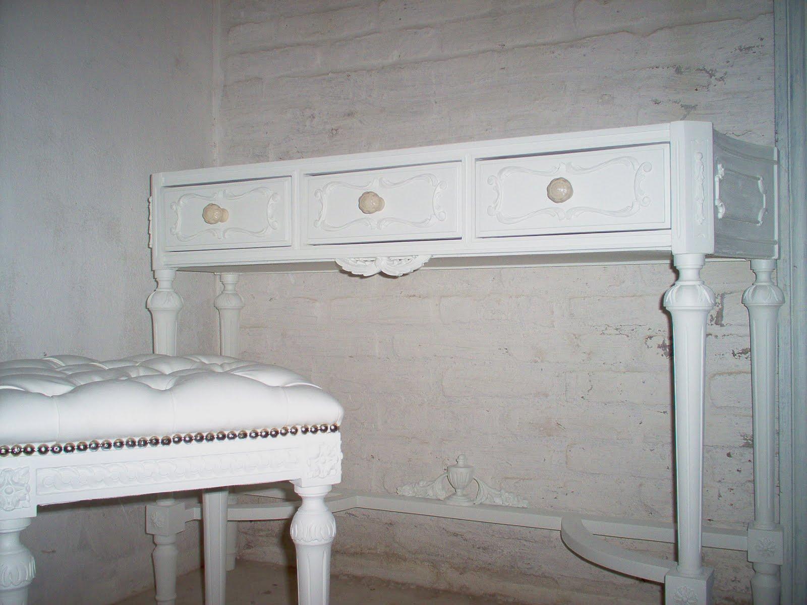 La cabeza de maria antonieta juego de dormitorio luis xvi for Dormitorio luis xvi