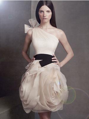 Luxus Brautkleider Online Blog: April 2012