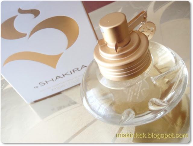 shakira,shakira parfumu,parfüm,parfumler,parfum yorumlari