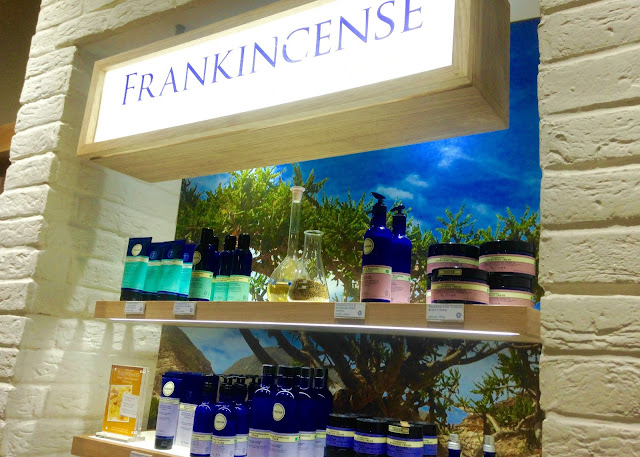 neals yard remedies blogger event organic skincare frankincense