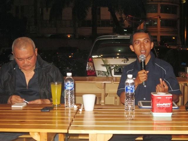 Penggiat Diskusi Radio Trijaya
